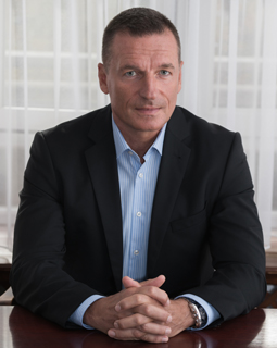 Dr. Keller András